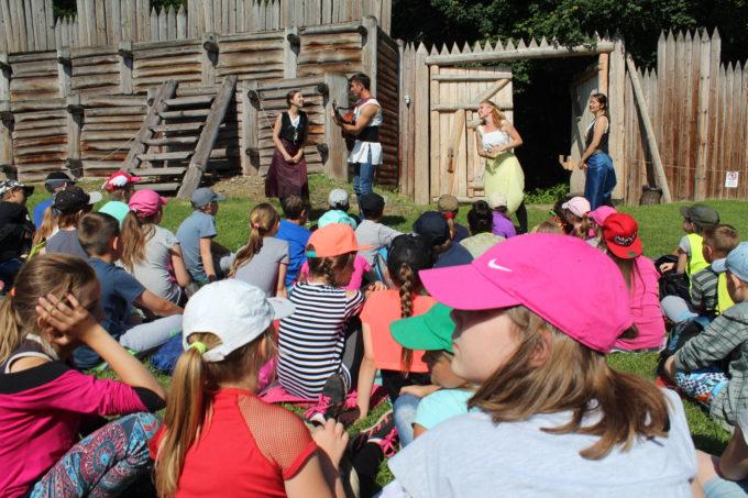 (Česky) Aktuální opatření týkající se návštěvy muzea akulturních akcí